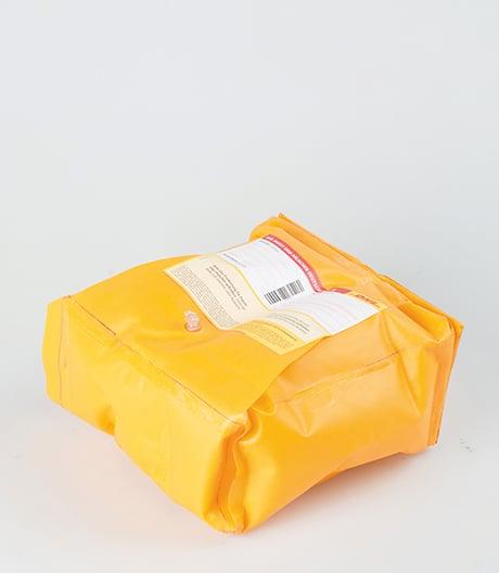 Luftige Lösung: Designstudentin Anne Groß hat eine Versandverpackung entworfen, die nun bei DHL in den Testversand geht.