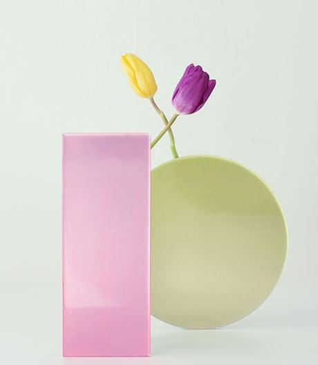 Verborgene Qualitäten: Wootek Lim aus Seoul hat seine Vasen formal auf Diät gesetzt.