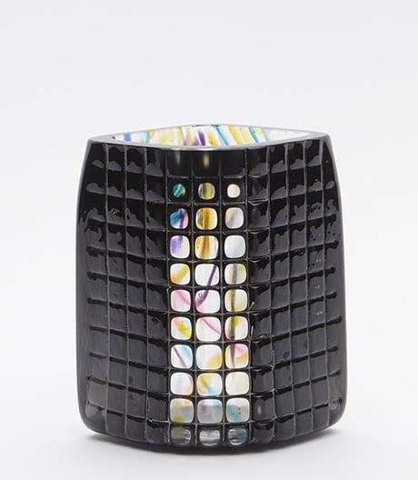 Erst Adition, dann Subtraktion: Glasobjekte von Elyse Graham.