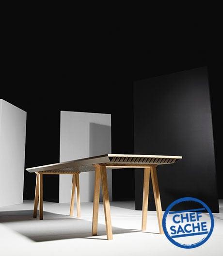 Ein Tisch als Wärmetauscher für den Raum.