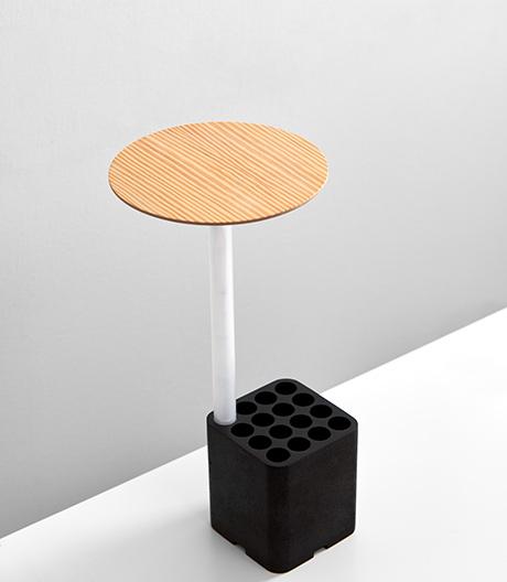 Eine Leuchte für Schreib- und Esstisch von Hayo Gebauer.