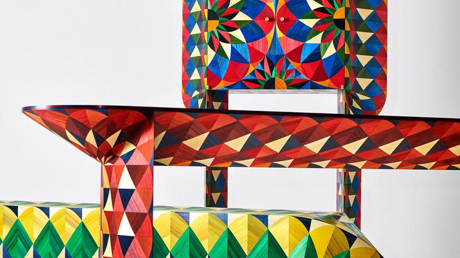 Holzmöbel von Designerduo Adam und Arthur