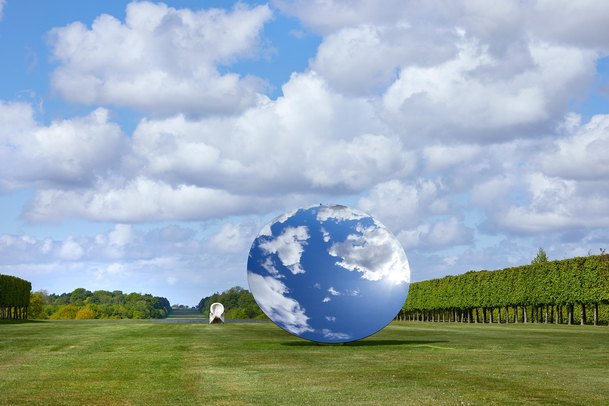 Anish Kapoor in Houghton Hall